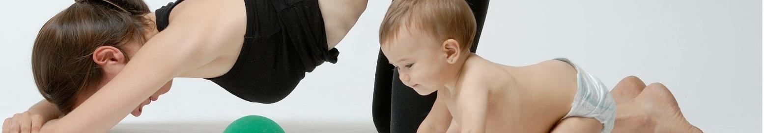 Pilates postparto con bebés